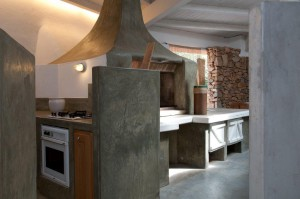 Villa Oriente  8 - Kitchen &  Pizza Oven Annex